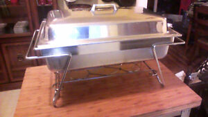 Restaurant quality chafing dish