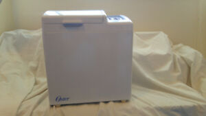 Oster BreadMaker, Like New!