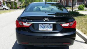 2013 Hyundai sonata GL (Black) with only 85,000 KM. One owner!