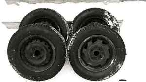 New winter tires  on rims 175/70/13 (only driven since Novembr)