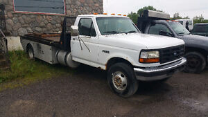 1998 Ford F-450 Camionnette
