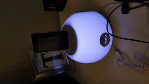 Ihome speaker & ipod touch 8gb