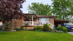 Welland 3 bed 2 bath Bungalow FOR SALE with NO REAR NEIGHBOURS