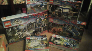Lego Jurassic World , Ideas , Friends and other NEW sealed sets