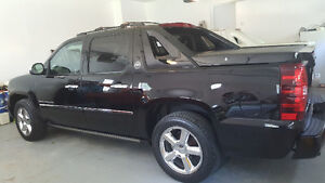 2013 Chevrolet Avalanche Black Diamond Pickup Truck