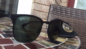 Ray Ban (RB 3538) Sunglasses - Only worn once