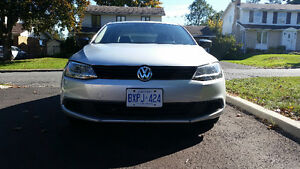 2011 Volkswagen Jetta - LOW Kilometers
