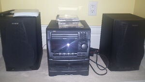 JVC compact Stereo Sound System w/ Speakers (3 CDs, 2 tapes) London Ontario image 1