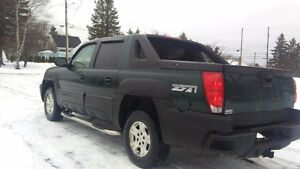 Beautiful o4 Chevrolet Avalanche Z71 Open to Trades OR Sell