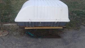 lockable trailer/ skiboose for behind skidoo