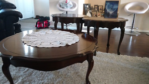 Victorian style coffee table set