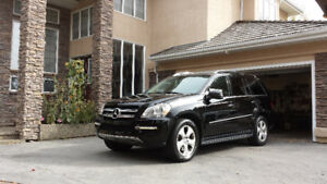 SOLD Mercedes Benz GL 450 Showroom condition LOW KMS