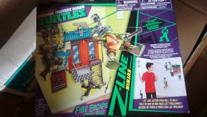 TMNT Z-Line Ninjas Fire Escape Free Fall