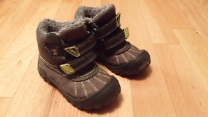 Size 8 (toddler) hikers/boots