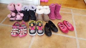 Girls toddler shoes - size 6
