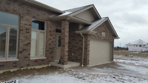 NEW -  Upscale Townhome in Lakeshore!! Only $294,500