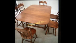 Ethan Allen Gate Leg Dining Table and 6 Matching Spindle Chairs