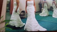 Beautiful David's Bridal wedding gown size 8