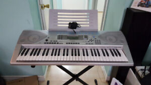 Casio keyboard CTK691 & Stand for Beginners