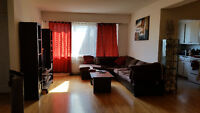 SUBLET SPACIOUS 4 1/2 NDG FOR NOVEMBER