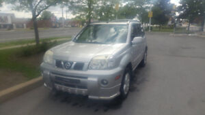 2006 Nissan X-trail S/E Extreme  en excellente condition 4X4 +