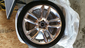 22 inch Pirelli tires with rims