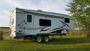 2005 Komfort Fifth Wheel