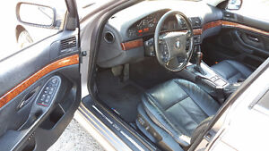 2000 BMW E39 5-Series 528i Great running, clean. Just serviced Windsor Region Ontario image 3