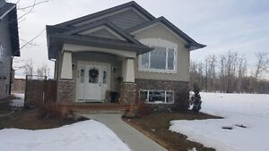 Immaculate & Beautiful Kentwood Home For Rent in Red Deer