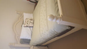 Selling  pure wood white bedset and dresser