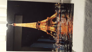 Acrylic picture of the Eiffel Tower in Paris