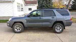 2003 Toyota 4Runner-Low kms, two sets of tires, remote starter