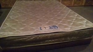 QUEEN PILLOWTOP MATTRESS & BOX SPRING. FREE DELIVERY