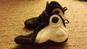 Size 9 Motorcycle shoe boots