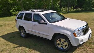 2007 Jeep Grand Cherokee Limited SUV, DIESEL FUEL- Trail Rated