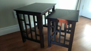 2 Tables en bois