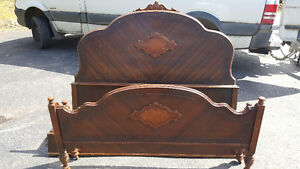 DOUBLE ANTIQUE WOOD BED FRAME