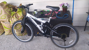 Supercycle. 18 speed