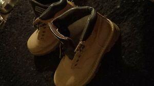 Mens Weather Spirits Boots/shoes Kingston Kingston Area image 2