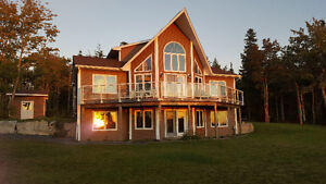 Beautiful 4 bed house 20 kms from downtown - No chain