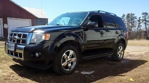 Trade 2009 Ford Escape Fully Loaded For Pickup