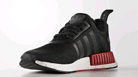 ADIDAS NMD R1 TRAINERS - MENS SIZE 9