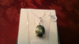 SILVER CHAIN WITH  BLUE  STONE PENDANT