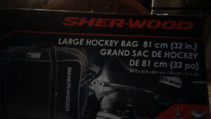 BRAND NEW IN THE BOX HOCKEY BAG Kitchener / Waterloo Kitchener Area image 2