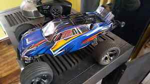 Traxxas Rustler vxl and other stuff trade for working 4 wheeler