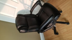 Computer chair for sale, brand new from staples never used.