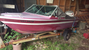 15' fiberglass boat... 60 HP eventide complete with everythin