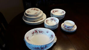Royal Albert Bone China, England Lavender Rose