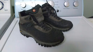 Mens Merrell Thermo 6 Hiking Boots – size 9