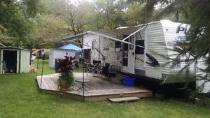 Loaded and in excellent condition, SMOKE & PET FREE